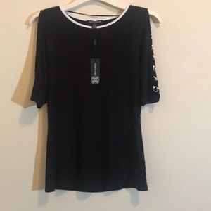 NWT! Cable and Guage Top with Open Sleeves
